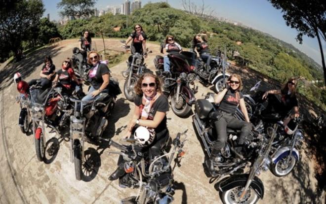 mulheres-em-suas-motos