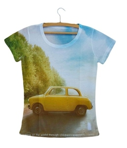 blusa-feminina-carro-amarelo