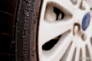 550px-Drive-Safely-in-the-Rain-Step-5